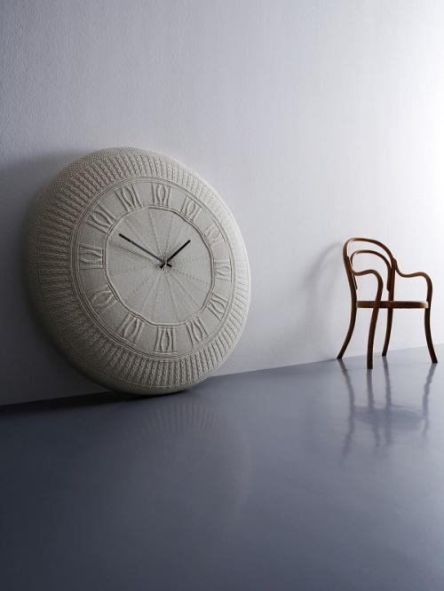 oversized clock2