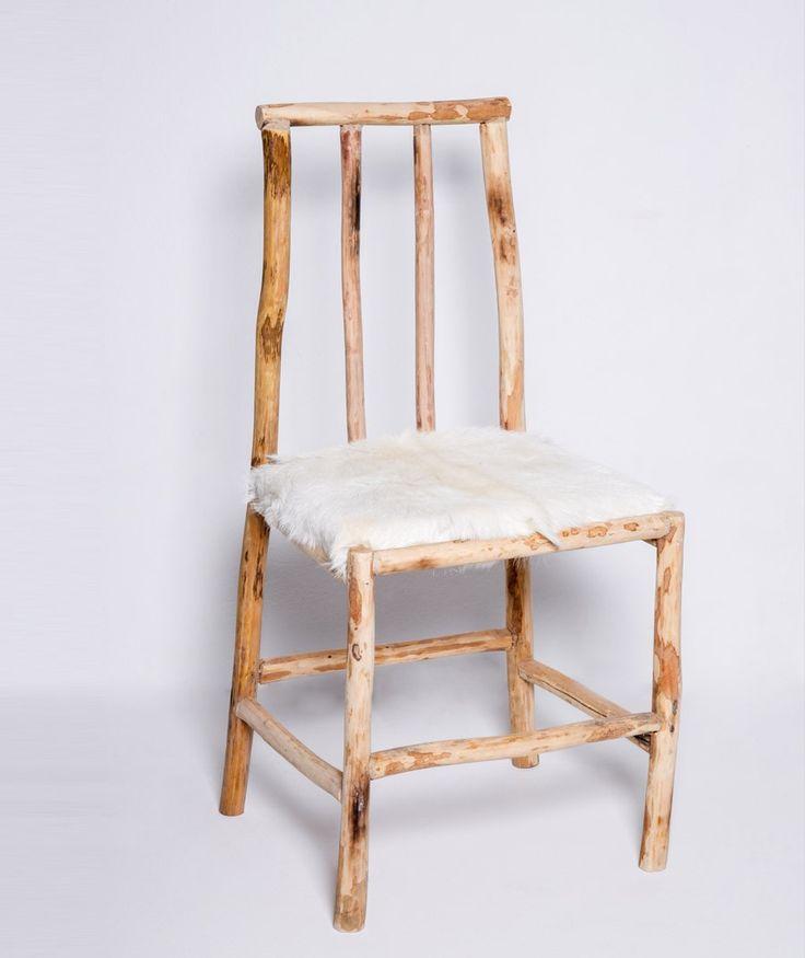 chaise en bois d'olivier