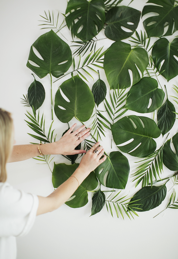diy-leaf-backdrop-almost-makes-perfect2