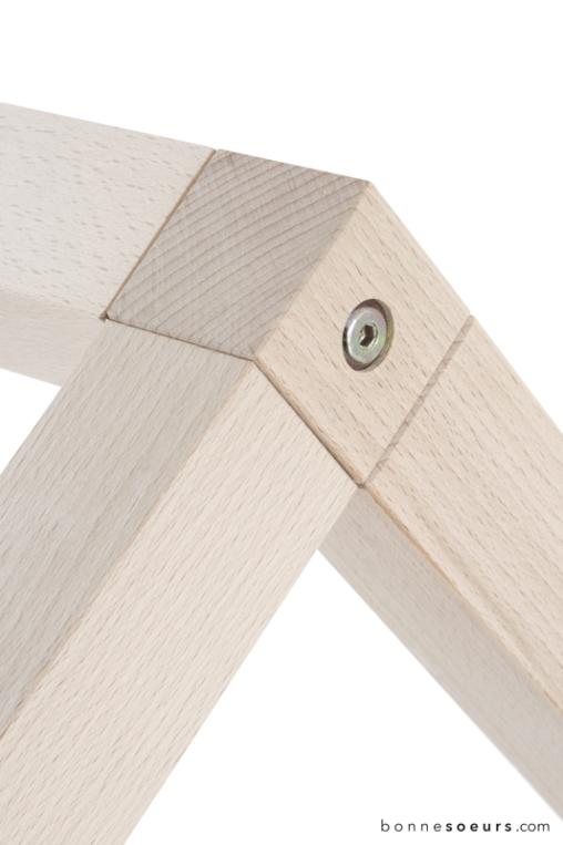 bonnesoeurs-design-lit-maison-detail-04-bois-hetre-massif