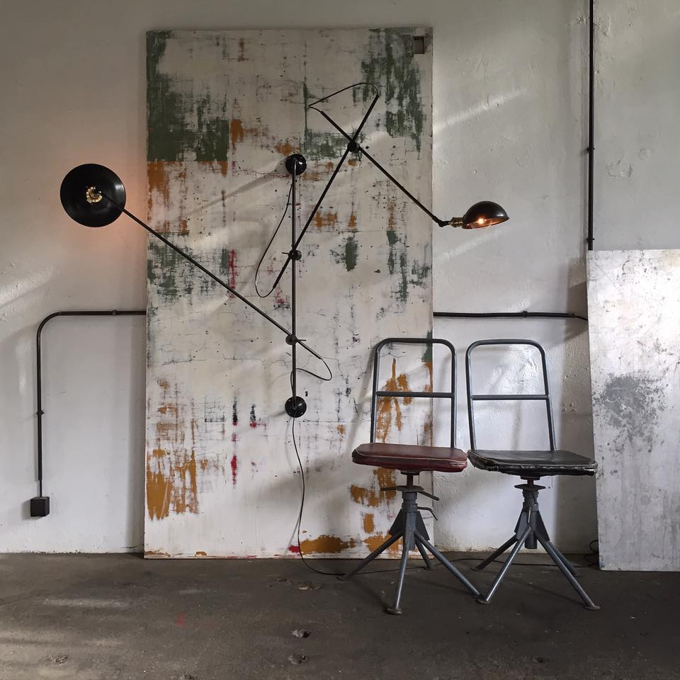 woandwe articulated swing lamp