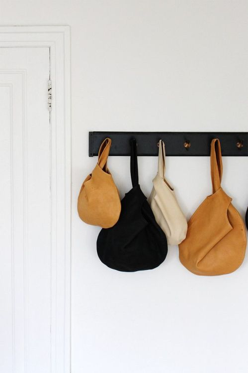 knot leather bags