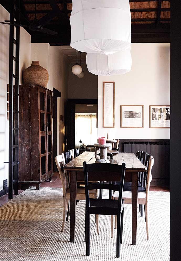 satyagraha-house-dining-room-690x994