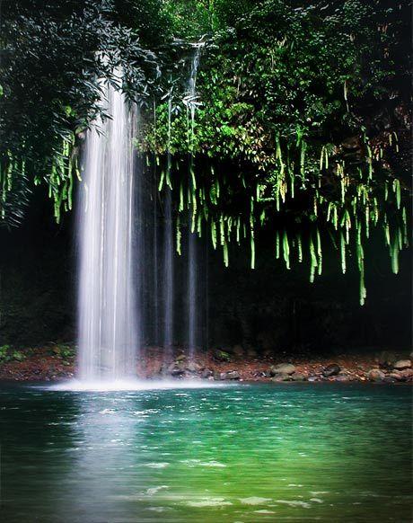 Twin falls Hana