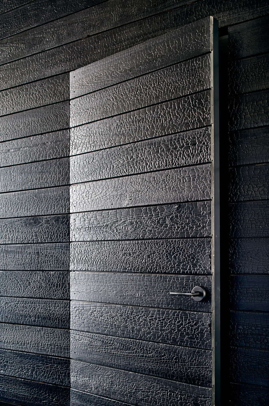 Modern-Prefab-House-Aamodt-Plumb-Austin-Texas_dezeen_936_11