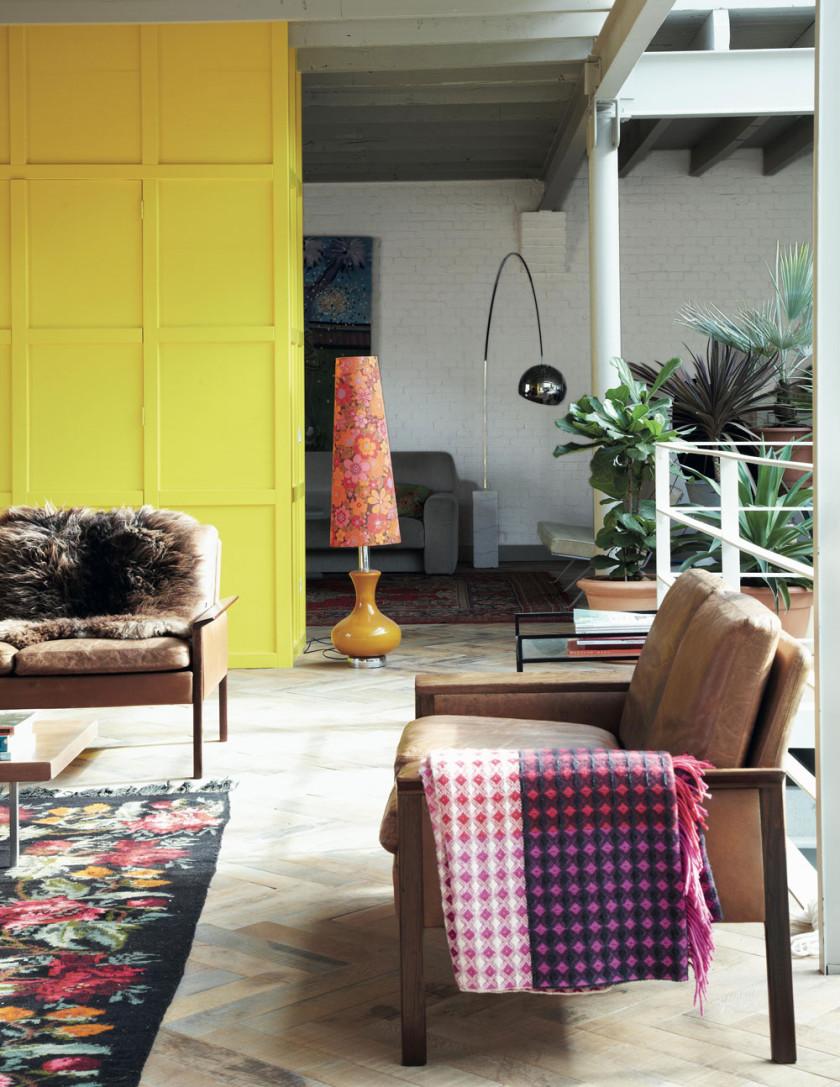 bohemian-modern-studio-boot-livingroom-840x1087