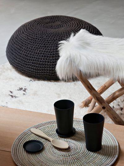 tabouret-confort-et-pouf-en-crochet_5139415