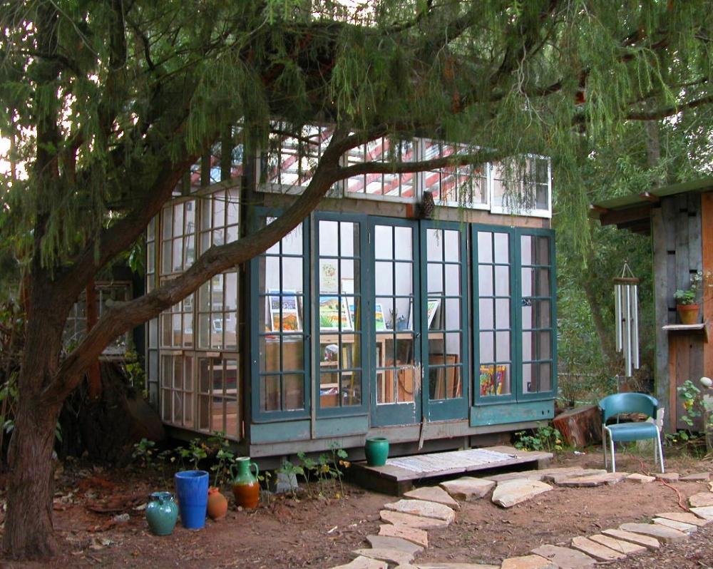 huts_exterior1000