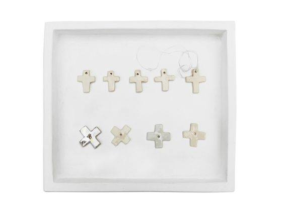 item-collection-of-crosses