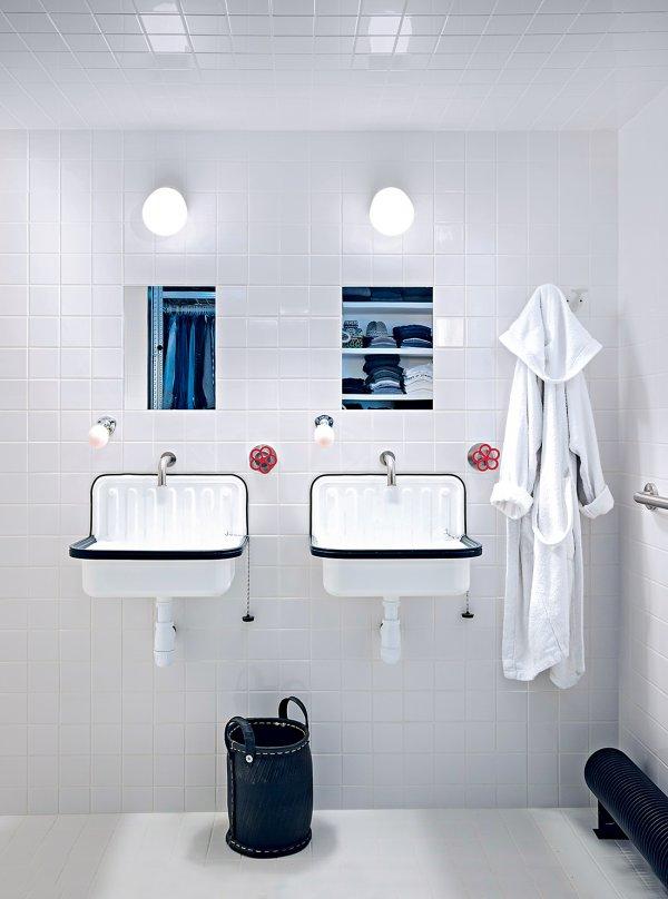 appartement_salle_de-bain_carrelage_blanc