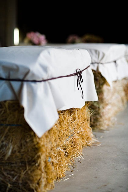 bale-of-straw-details