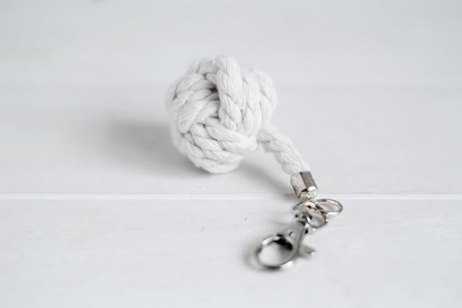 Monkey-Fist-Knot-Keyring-2.jpg