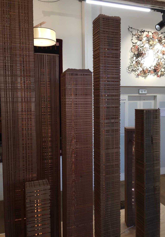 empreintes-sculture-bois-building
