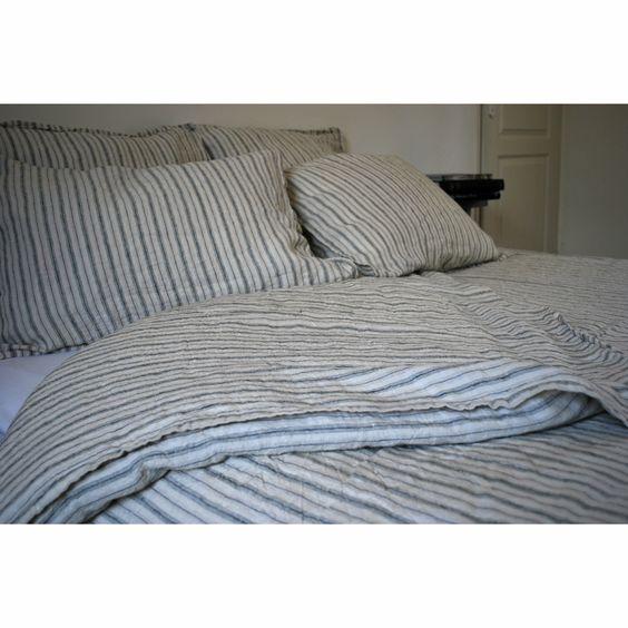 bed-linen-blue-gachon-pothier