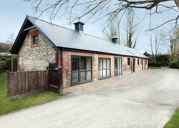 horse-stable-family-home-ar-design-studio-01