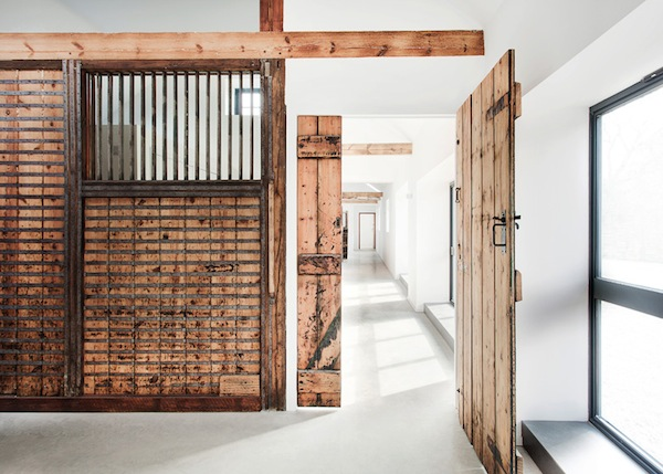 horse-stable-family-home-ar-design-studio-06