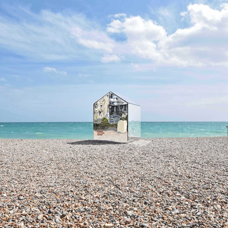 Worthing-Beach-Hut-by-ECE-Architecture_dezeen_sq2